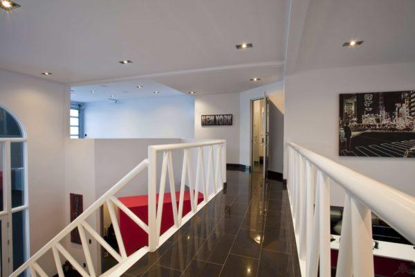 illadn-arthiteckt-achitecture-house-industrial-modern-furniture-decor-art-yeg-adnan-elladen-15
